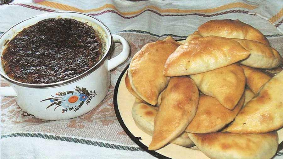 Пироги из хвоща и запеканка