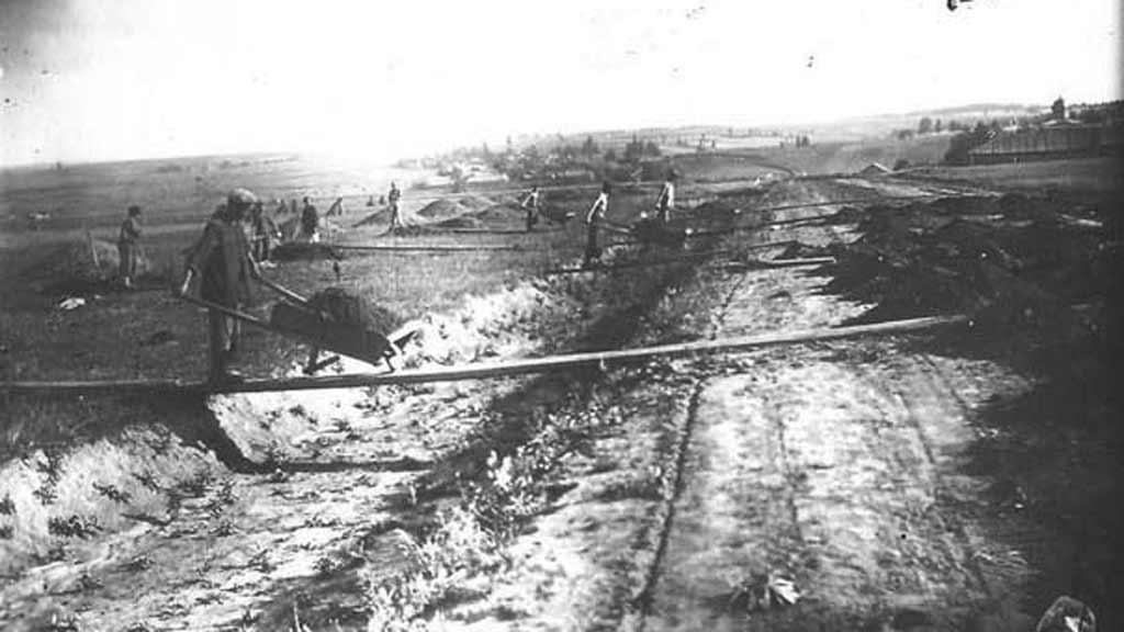 Стройка дороги в селе Юсьва