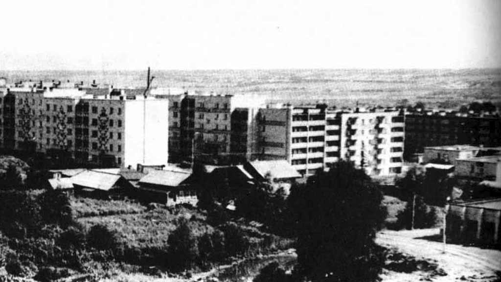 Дома по улице 50 лет октября 1980г.